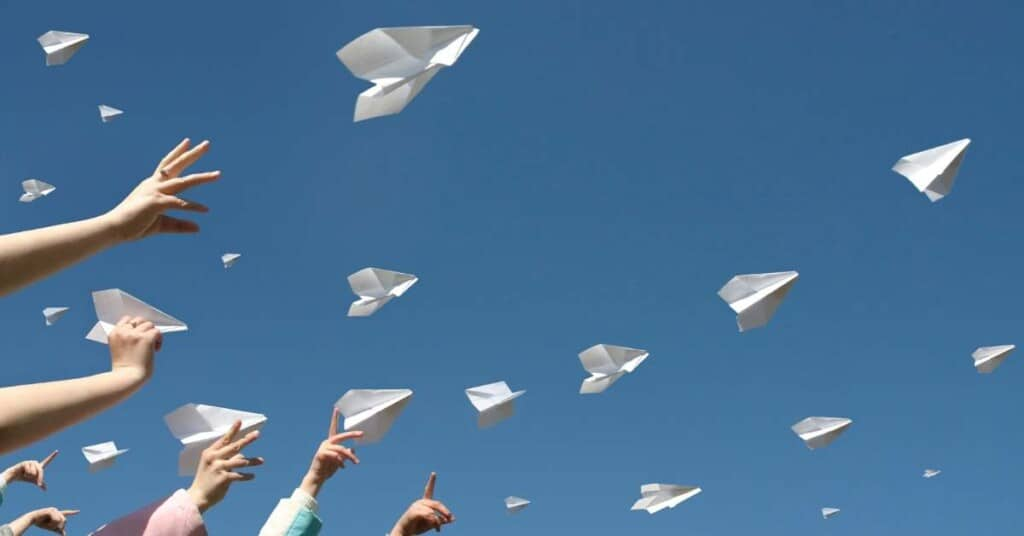 Paper Airplanes: How To's and Printables