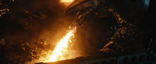 Disney_Maleficent_fighting_dragon
