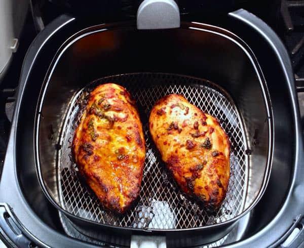 Airfryer Chermoula Chicken cooking