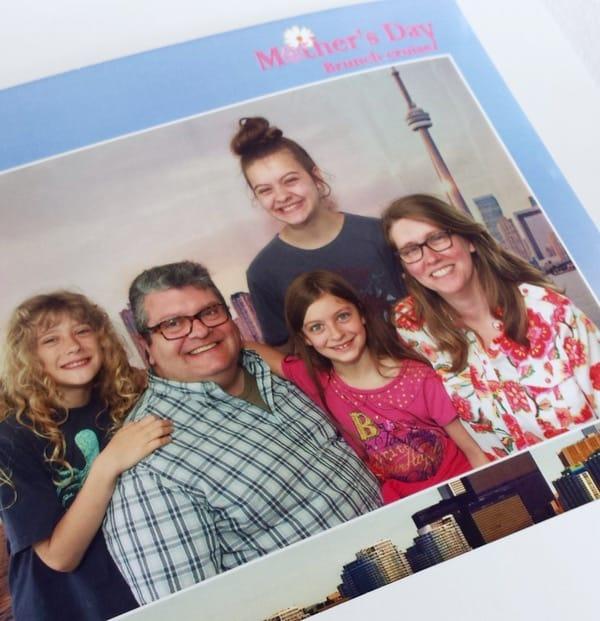 Family Travel Mariposa Cruises Souvenir Photo