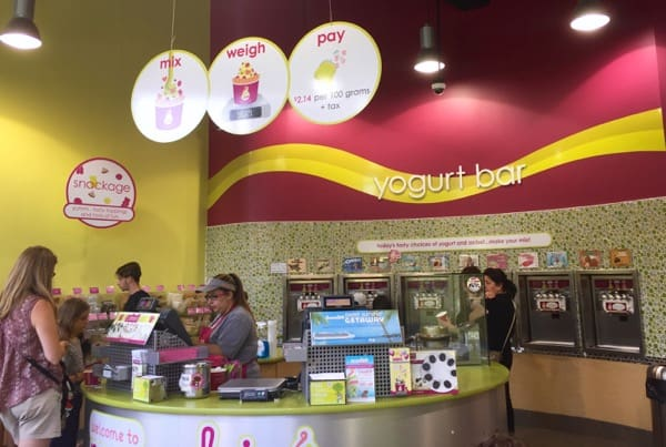 Giveaway Menchies Canada Store
