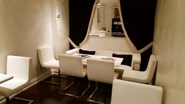 Spa-Travel-Windor-Arms-Hotel-Lounge-Seating