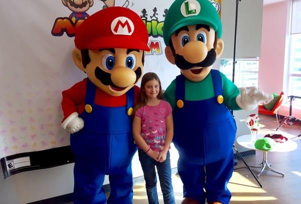 Family-Game-Time-Mario-Luigi-Photos