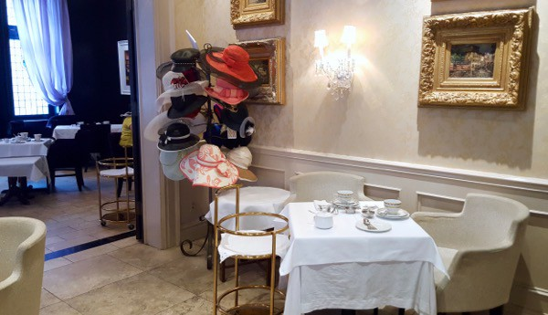 Family-Travel-Windsor-Arms-Hotel-High-Tea-Hats