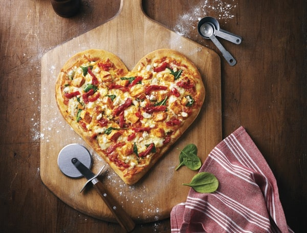 Heart_Shaped_Tuscan_Pizza