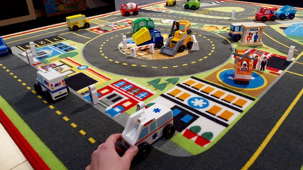 Melissa-Doug-Toy-Fair-Car-Mat