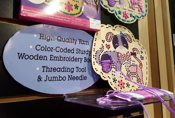 Melissa-Doug-Toy-Fair-Made-Easy-Embroidery-Kit