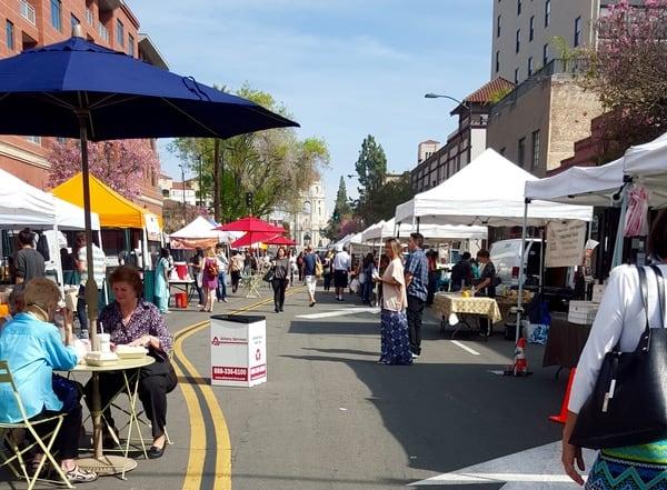 Family-Travel-California-Pasadena-Farmers-Market