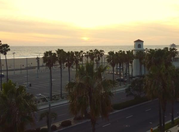Family-Travel-Huntington-Beach-Sunset-View