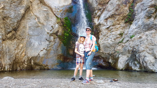 Family-Travel-Pasadena-Day-Trip-Eaton-Canyon-Waterfall