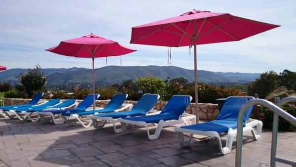 Family-Travel-California-Madonna-Inn-Poolside