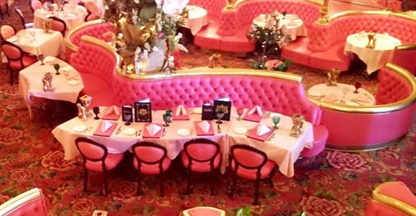 Family-Travel-California-Madonna-Inn-Steakhouse