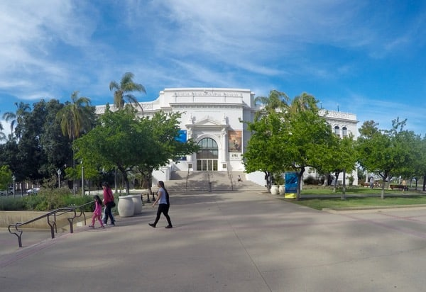 Family-Travel-San-Diego-Natural-History-Museum image