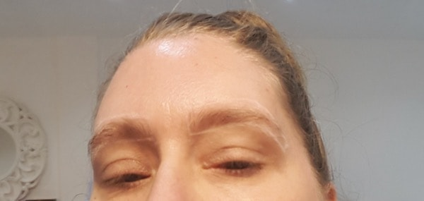 mom-time-beautylicious-brow-styling image