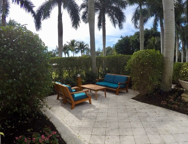family travel florida vacation coconut point seating areas