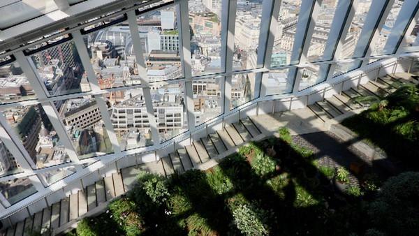 everythingmom family travel sky garden plants free in london image