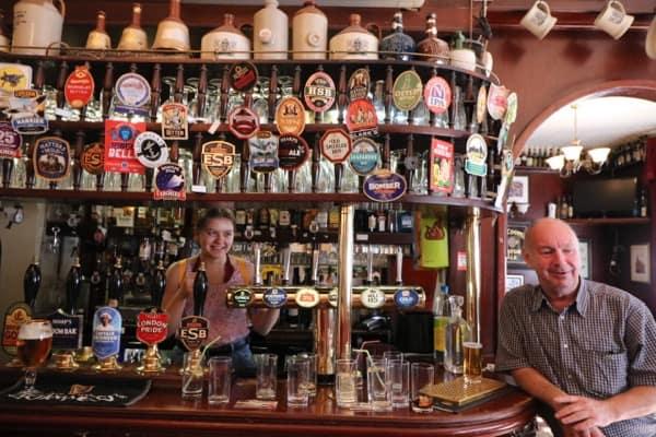 everythingmom family travel london easet end food tour spitalfields pub barstand1